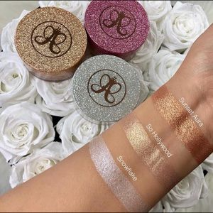 "Anastasia Beverly Hills ""SO HOLLYWOOD"" Highlighter"